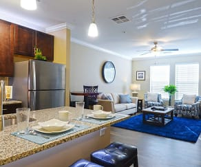 Living Room, The Oasis At Plainville
