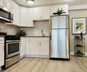 Kitchen, The Maynard at 2545 W Fitch