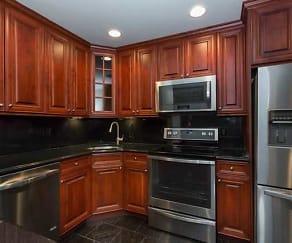Kitchen, Fairfield Knolls At Sayville