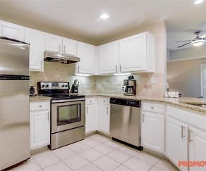 Kitchen, Windsor at Midtown