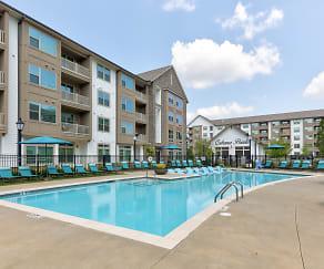 Pool, Berewick Pointe Apartments