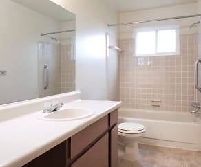 Bathroom, Cambridge Apartments