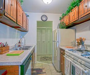 Kitchen, Westmore Apartments