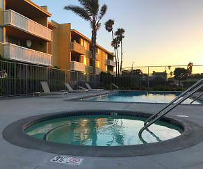 Pool, 4200 Harbor Blvd