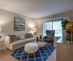 Living Room, The Elms at Old Mill
