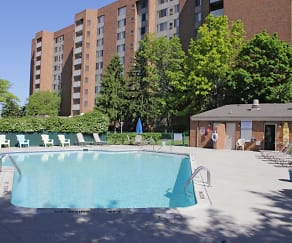 Pool, Parkview Tower