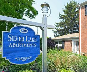Community Signage, Silver Lake Manor