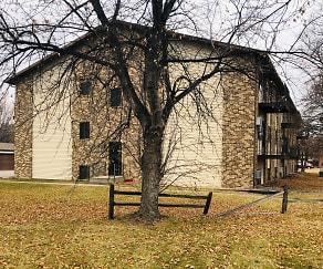 Prairie Parkway Apartments