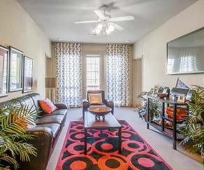 Living Room, Stratum on Highland