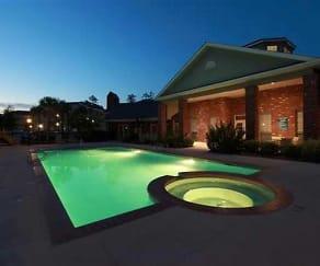 Pool, Mandeville Lake Luxury Apartment Homes