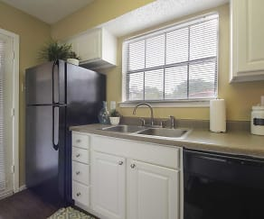 Kitchen, Creekside Village