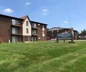 Somerset Park Apartments II, Oak Lawn, IL
