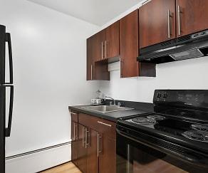 Kitchen, 441 W. Oakdale