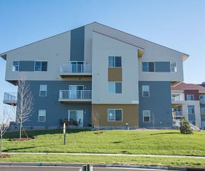 Artisan Square Apartments, Blooming Grove, WI