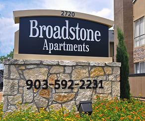 Community Signage, Broadstone