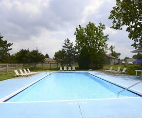 Pool, Ashley Village