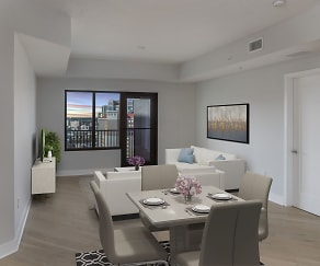 Dining Room, 500 Harbour Island