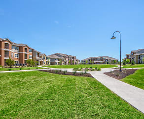 Building, Cypress Creek Apartment Homes At Parker Blvd