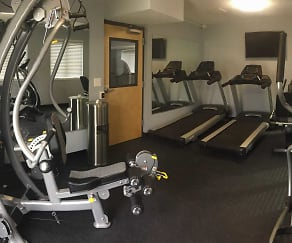 Fitness Weight Room, Huntington Woods Apartments