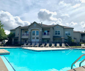 Pool, Shoreline Landing Apartments