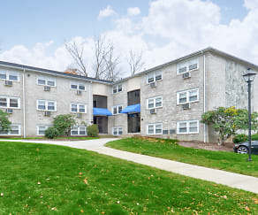 Building, Tanglewood Village Apartments