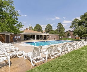 Pool, Pine Creek Apartments