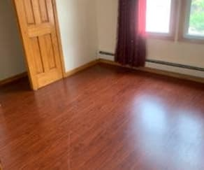 Room1, 5505 97Th St