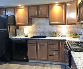 Kitchen, Winston Square Apartments