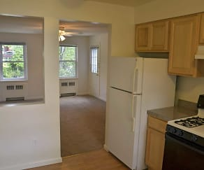 Kitchen, Bell Lake Park Apartments