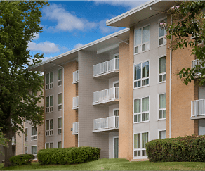 Building, Cheverly Station Apartments