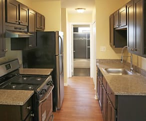 Kitchen, Parkside Apartments