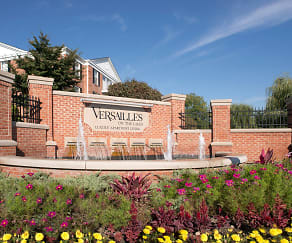 Versailles On the Lakes/Oakbrook Terrace, Villa Park, IL