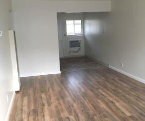 Living Room, 318 Lawton St