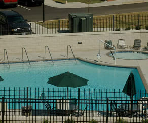Pool, Legends Park East