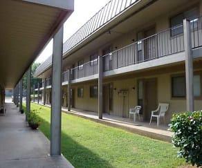 Patio / Deck, College Inn