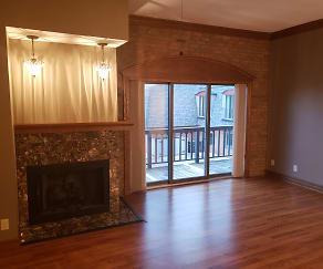 Living Room, 180 3rd St S
