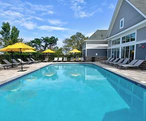 Pool, Hudson Mews