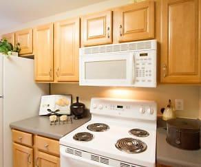 Kitchen, Summit at Owings Mills