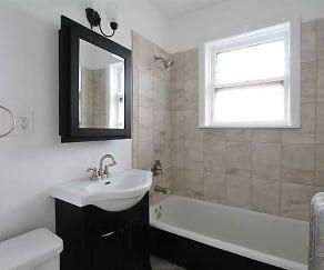 Bathroom, Oak Park Apartments