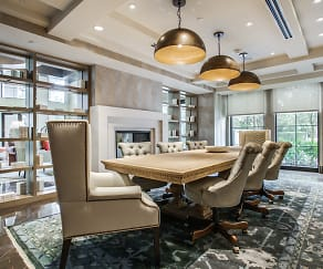 Dining Room, 353 S Central Expy