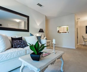 Living Room, Fieldstone Apartment Homes