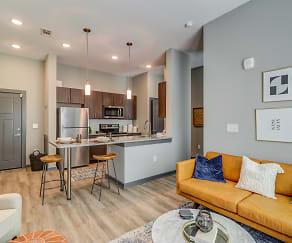 Living Room, Sola Station