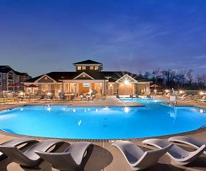 Pool, Abberly Avera