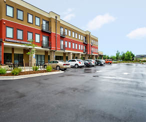 Building, Oakridge Crossing - Senior Living 62+