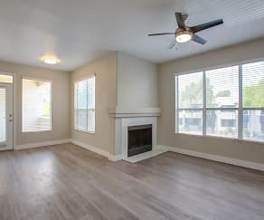 Living Room, The Retreat