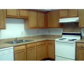 Kitchen, Pinewood Pointe Apartments