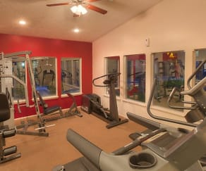 Fitness Weight Room, Oak Tree Park