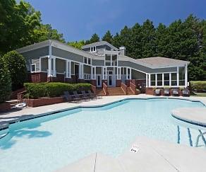 Pool, Highland Oaks