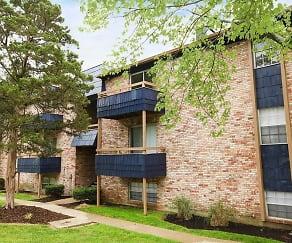 Building, Pine Lake Apartments