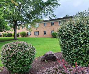Landscaping, Northgate Manor Apartments